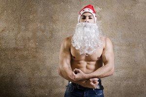 Fitness santa posing