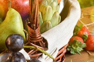 Fruits & vegetables detail vertical