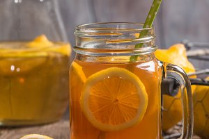 jar of lemon ice tea