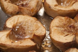Baked apples with sugar and cinnamon