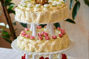 traditional wedding cake dessert