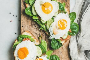 Healthy breakfast sandwiches