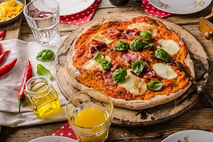 Pizza margherita rustic style