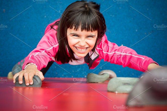 Funny climber.jpg - Sports