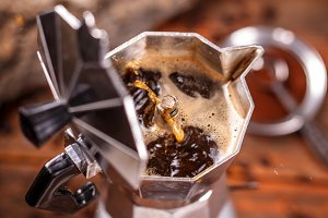 Moka coffee pot