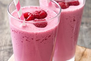 Raspberry smoothies