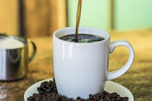Preparation process of hot coffee
