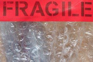 fragile sign label sign