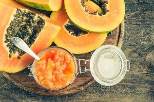 Fresh papaya natural facial mask