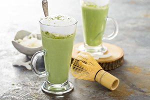 Matcha coconut latte in tall glasses