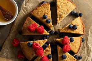 Gluten free cake with fresh fruit