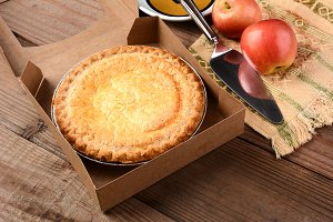Apple Pie with Fresh Apples