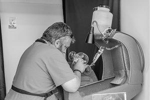 Glass artisan making a drink