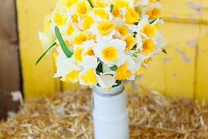 Narcissus flowers bouquet in a vase