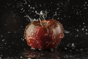 Tomato and Splashing Water