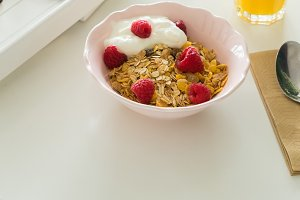 Breakfast with cereles