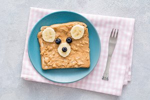 Teddy bear toast for kids