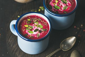 Detox vegetarian beetroot soup with mint, pistachio and seeds