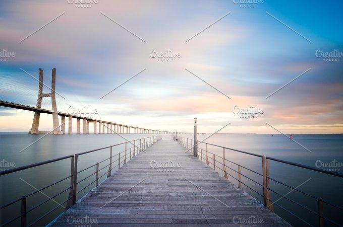 Vasco da Gama bridge in Lisbon, Portugal 3.jpg - Architecture
