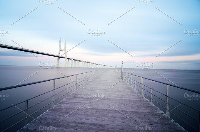 Vasco da Gama bridge in Lisbon, Portugal 5.jpg - Architecture