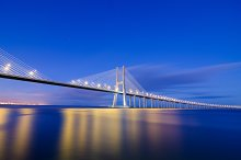 Vasco da Gama bridge in Lisbon, Portugal 8.jpg