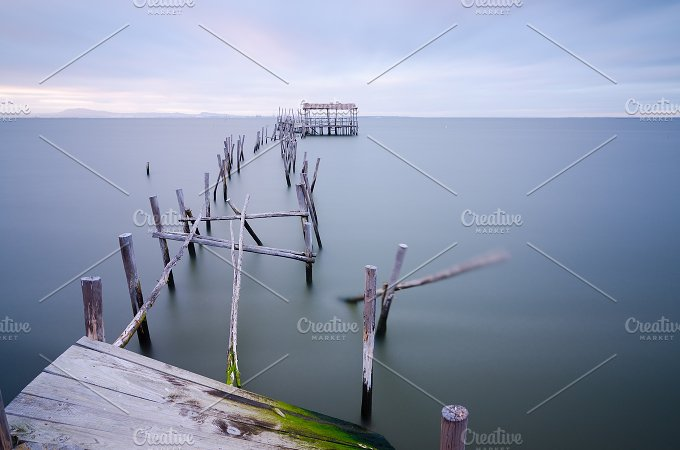 Old pier at Carrasqueira Palaphitic port copia Portugal 4.jpg - Architecture