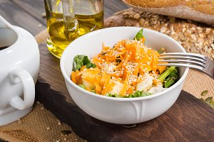 Vegetable salad with carrots