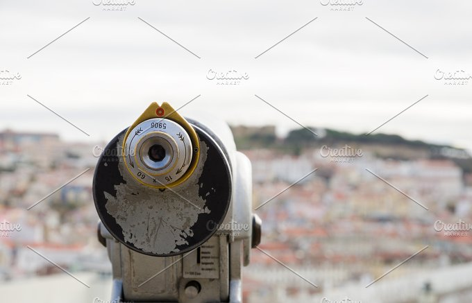 Observation telescope pointed to the castle of saint George.jpg - Technology