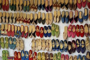 Shoes exposition in a market