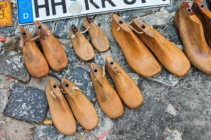 Wooden Mold Shoes