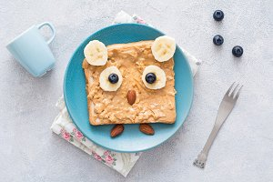 Funny owl toast for kids