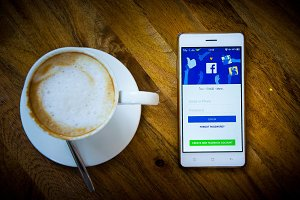 smart phone social and coffee