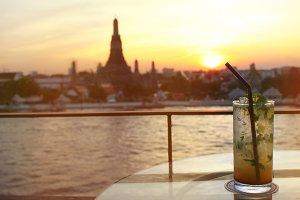 Sunset at Bangkok with virgin mojito