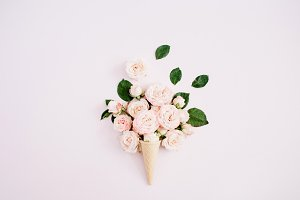Pale pink roses bouquet in cone