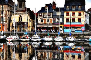 The Waterfront at Bayeux