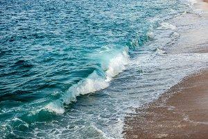 Foamed waves in the beach