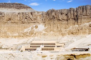 The temple of Hatshepsut.