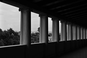 Ionic Columns Perspective