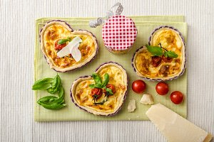 Quiche with cheese and cherry tomatoes