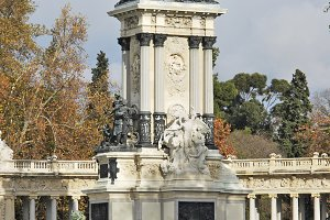 Alfonso XII monument