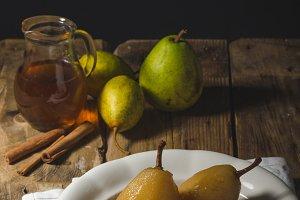 Pears glazed in tea and cinnamon