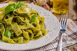 Pasta with basil pesto
