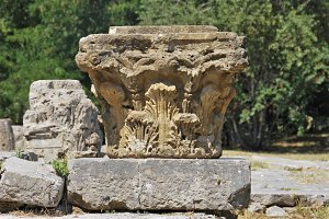 Corinthian column, greece