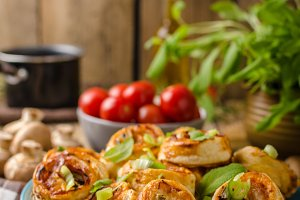 Pizza snails puff pastry