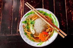 vegetarian noodle soup pho