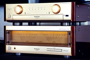 Luxury Vintage Audio Stereo System