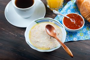 Healthy breakfast oatmeal