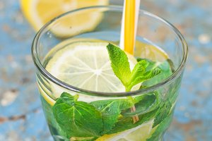 drink with lemon and mint