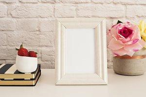 White Frame Mock up