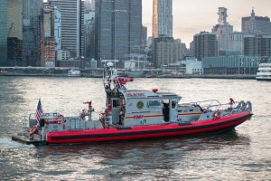 Fire department FDNY rescue boat